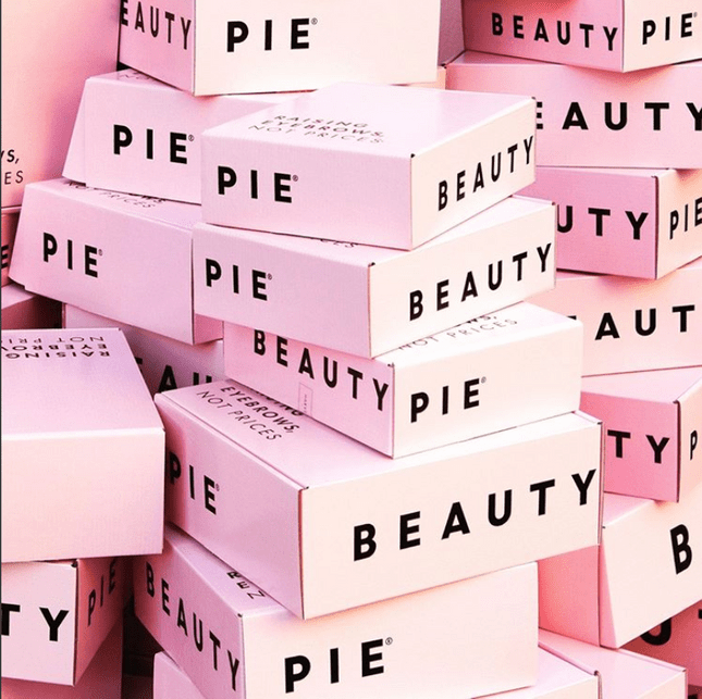 how to ship products beauty pie packaging